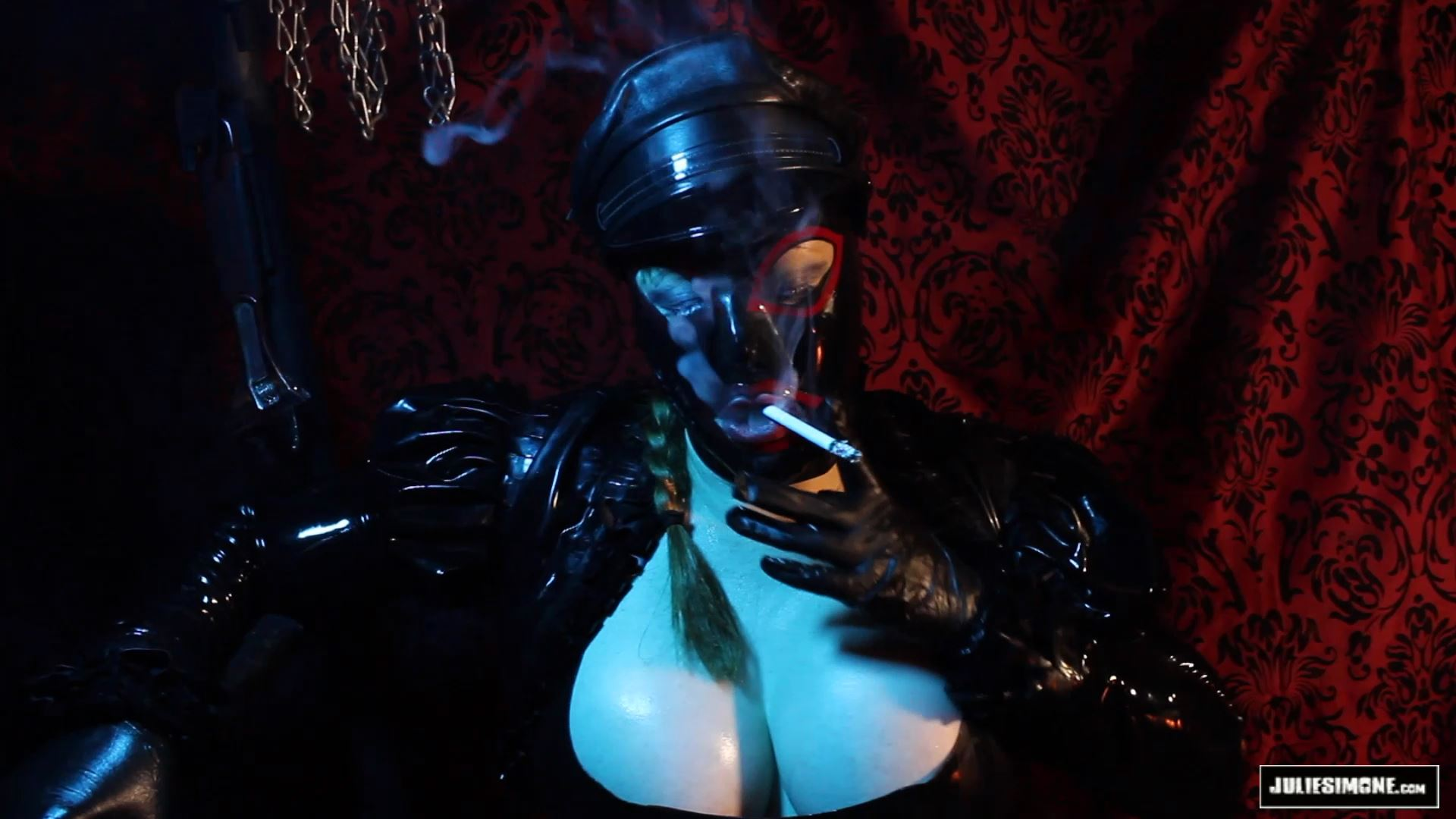 Julie Simone In Scene: Heavy Rubber Smoke - JULIESIMONE - FULL HD/1080p/MP4