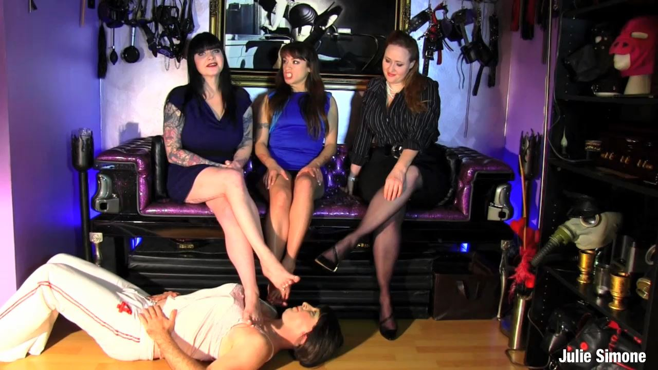 Julie Simone, Maya Sinstress, Amara Noir In Scene: Femdom Foot Fetish 4some - JULIESIMONE - HD/720p/MP4