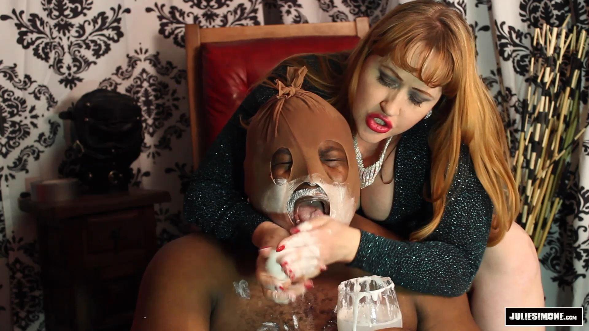 Julie Simone In Scene: Barehanded Soaping Before Worship - JULIESIMONE - FULL HD/1080p/MP4