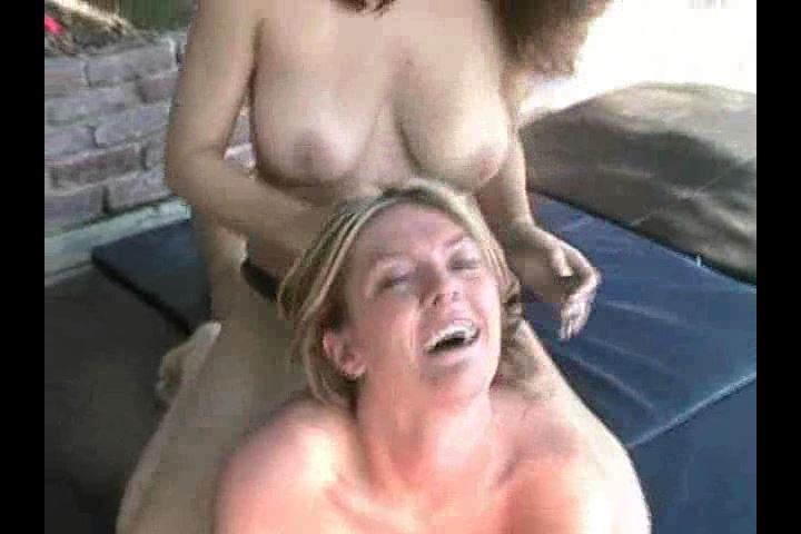 Beth Vs Gianna 2 ( Topless ) - KICKASSGIRLZ - SD/480p/MP4