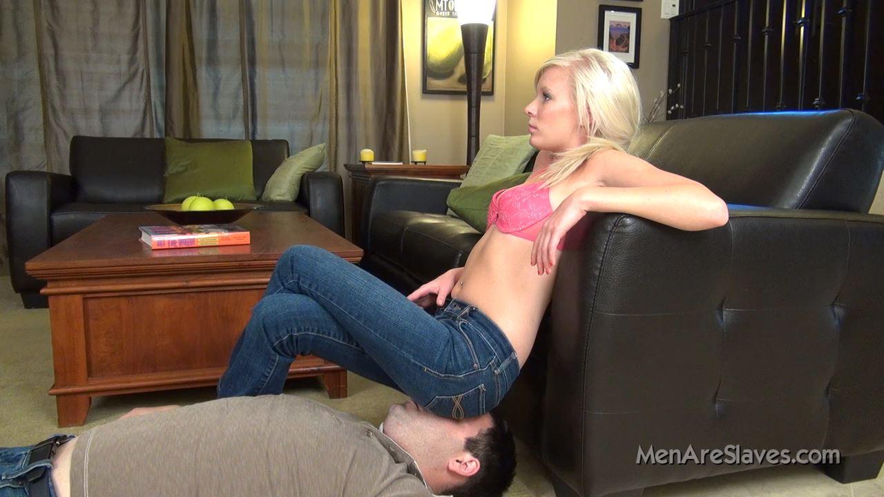 Goddess Elaina In Scene: Ass On Face #99 - MENARESLAVES - HD/720p/MP4