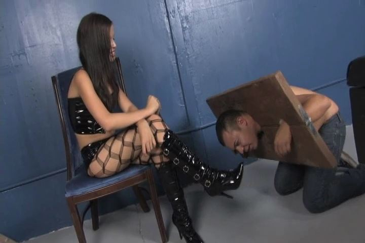 Miss Tiffany In Scene: Tiffany is highly amused how you losers look when you are tied up - VIOLENTCHICKS - SD/480p/MP4