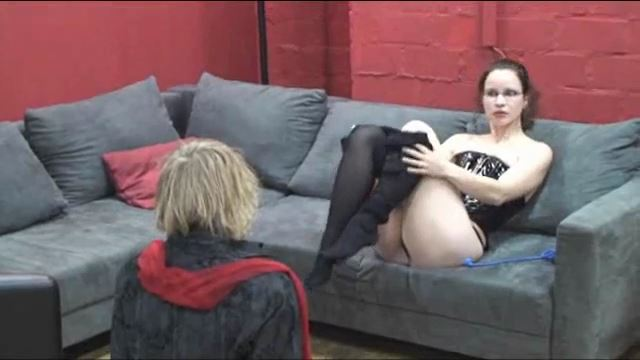 Annika Bond, Jimmy Steiner In Scene: Feet in Mouth - ERONITE-FEMDOM - LQ/360p/MP4