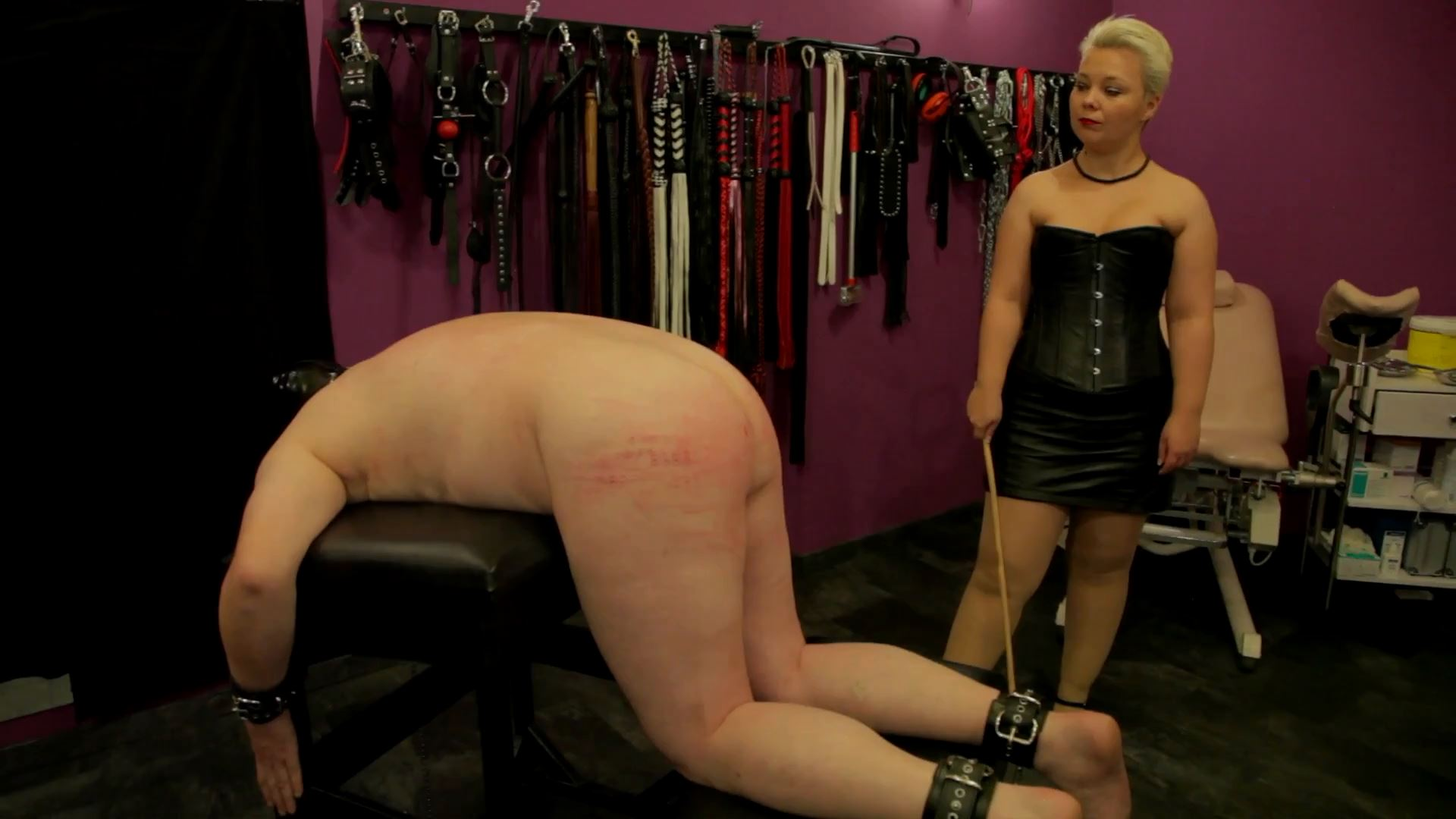 Lady Susan In Scene: With cane and carpet knocker - ERONITE-FEMDOM - FULL HD/1080p/MP4
