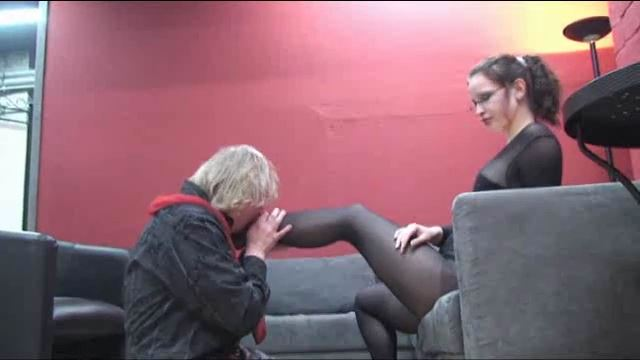 Annika Bond In Scene: The Nylon Lady - ERONITE-FEMDOM - LQ/360p/MP4