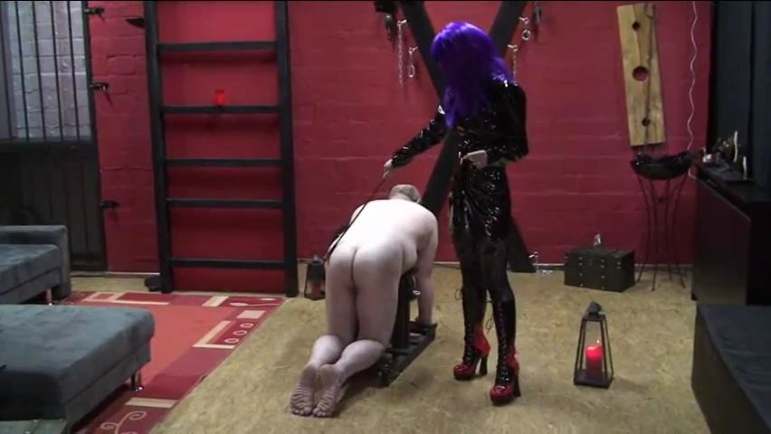 Donna Nora In Scene: Spanking a tax inspector - ERONITE-FEMDOM - SD/480p/MP4