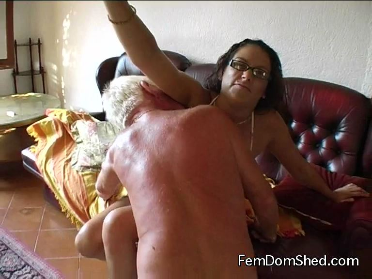 Bratty Princess In Scene: Lick the sweat from under my armpits and between my tits - FEMDOMSHED - SD/576p/MP4