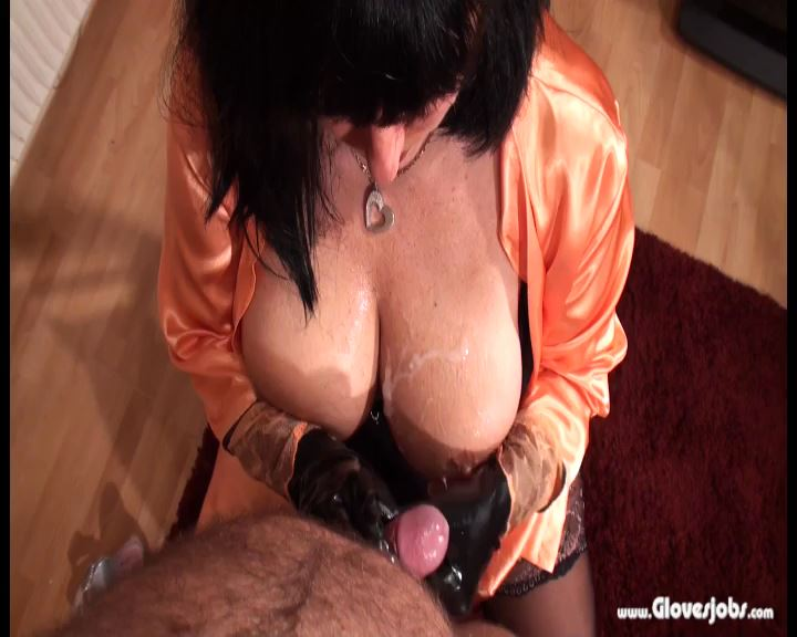 Lingery Gloved Tease - GLOVESJOBS - SD/576p/MP4