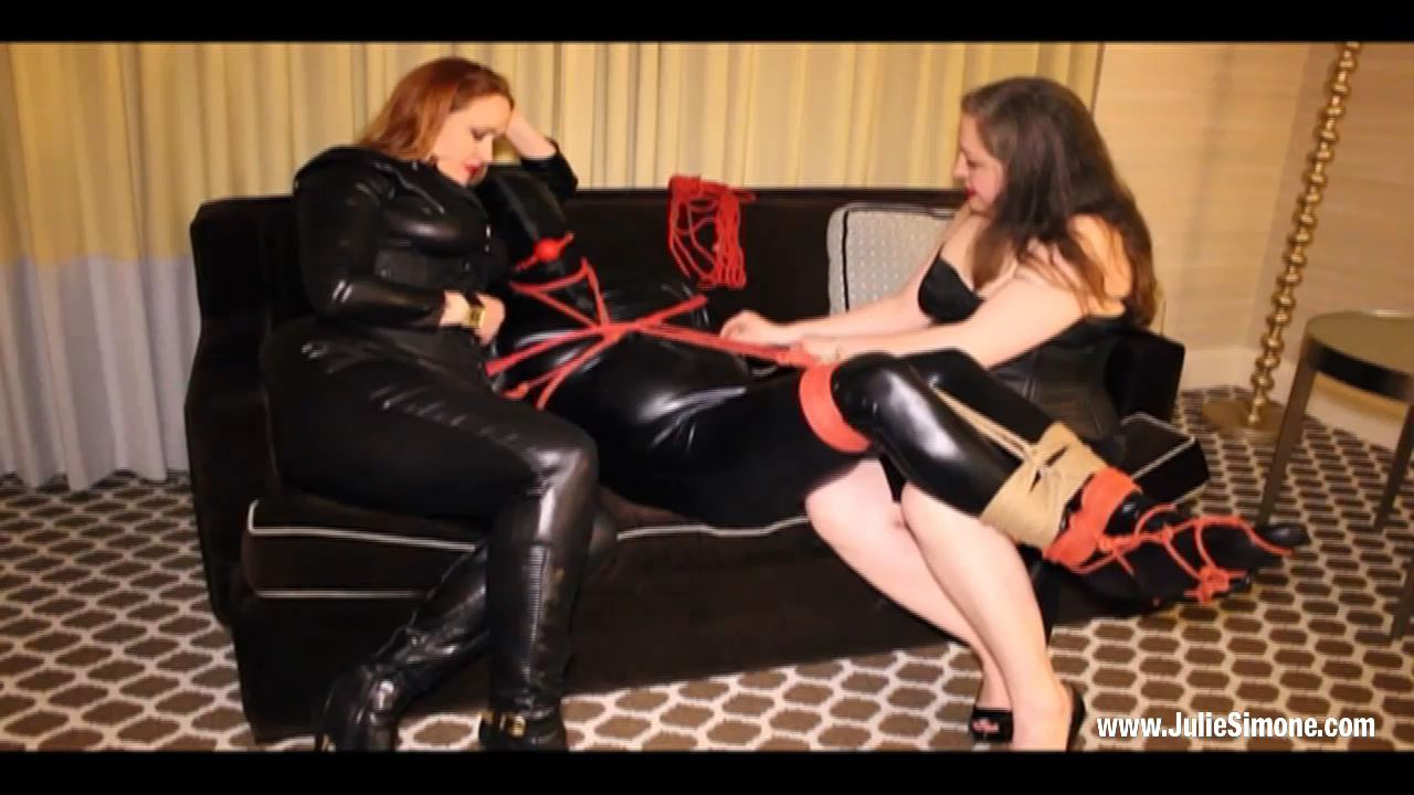 Anna Valentina, Julie Simone In Scene: Zentai Bondage Part 2 - JULIESIMONE - HD/720p/MP4