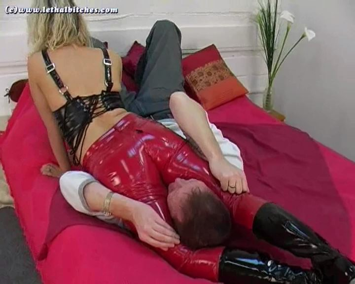 In The Money - LETHALBITCHES - SD/576p/MP4