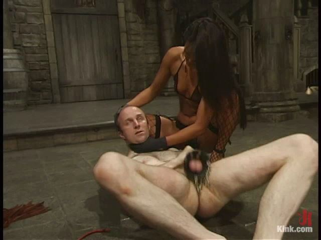 John and Lucy Lee - MENINPAIN / KINK - SD/480p/MP4