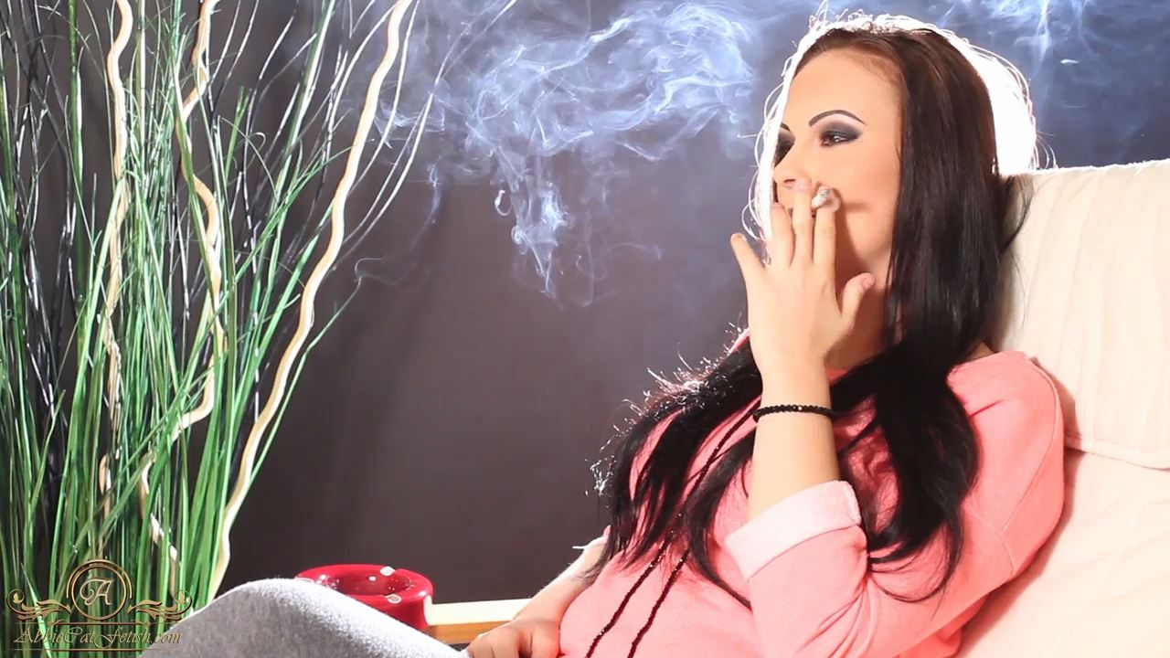 Goddess Nicky In Scene: Nicky Smoking 2 - ABBIECATFETISH - HD/720p/MP4