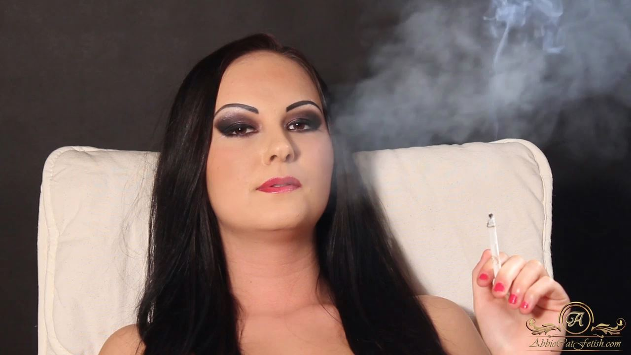Goddess Nicky In Scene: Nicky Smoking Face Close-Up - ABBIECATFETISH - HD/720p/MP4