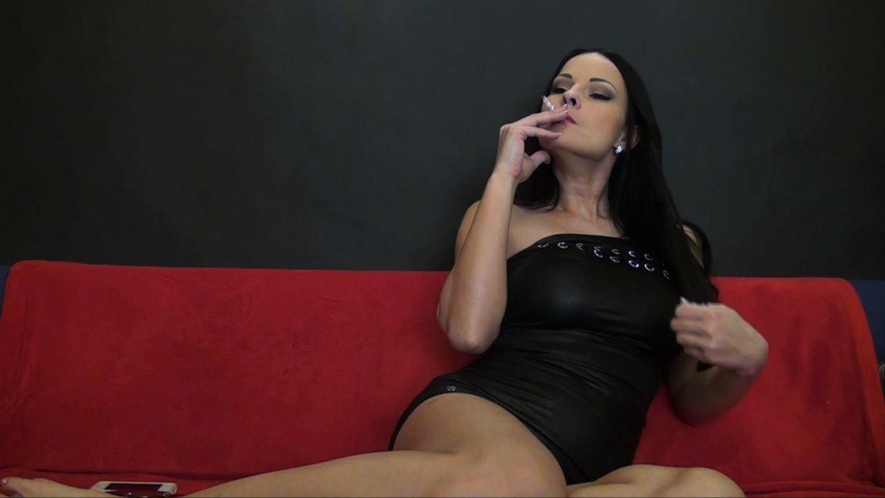 Goddess Abbie Cat In Scene: Smoking 2 - ABBIECATFETISH - HD/720p/MP4