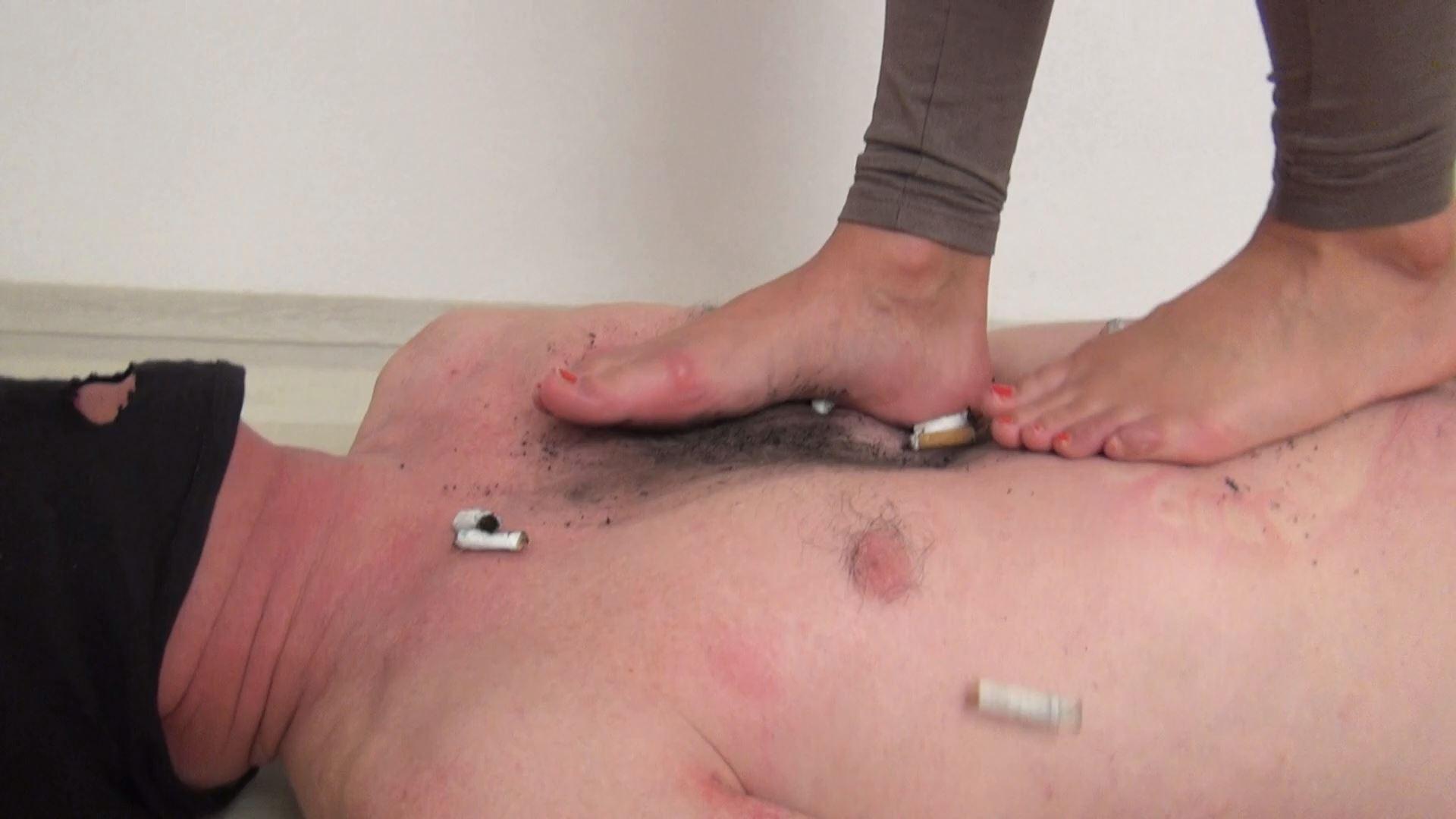 Mistress Candy In Scene: Trampling dirty feet - ABBIECATFETISH - FULL HD/1080p/MP4