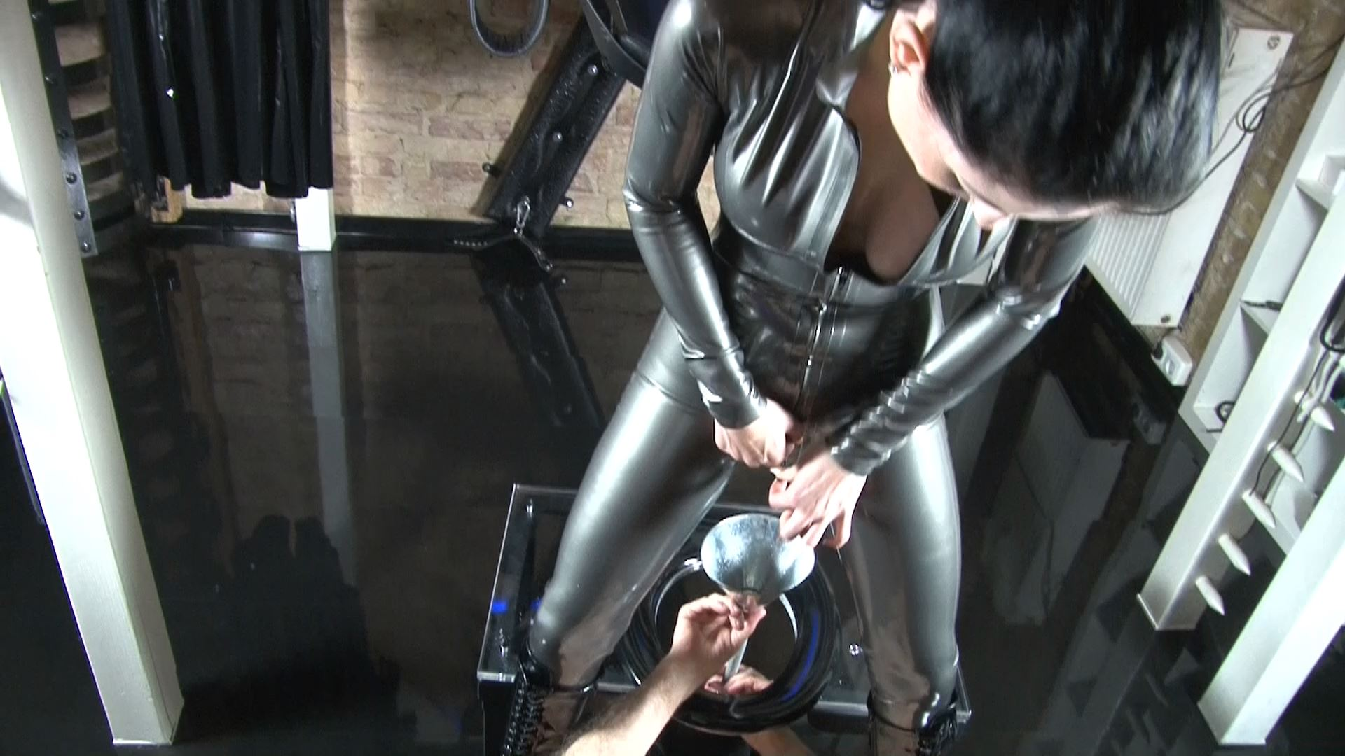 Mistress Blackdiamoond In Scene: Toilet slave - CLIPS4SALE / BLACKDIAMOOND - FULL HD/1080p/MP4