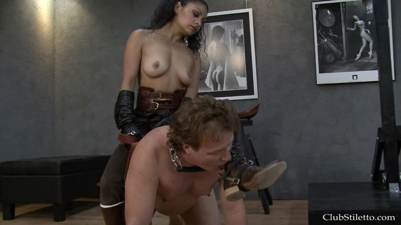Mistress Sara Akeera In Scene: I Spur, You Obey - CLUBSTILETTO - HD/720p/MP4