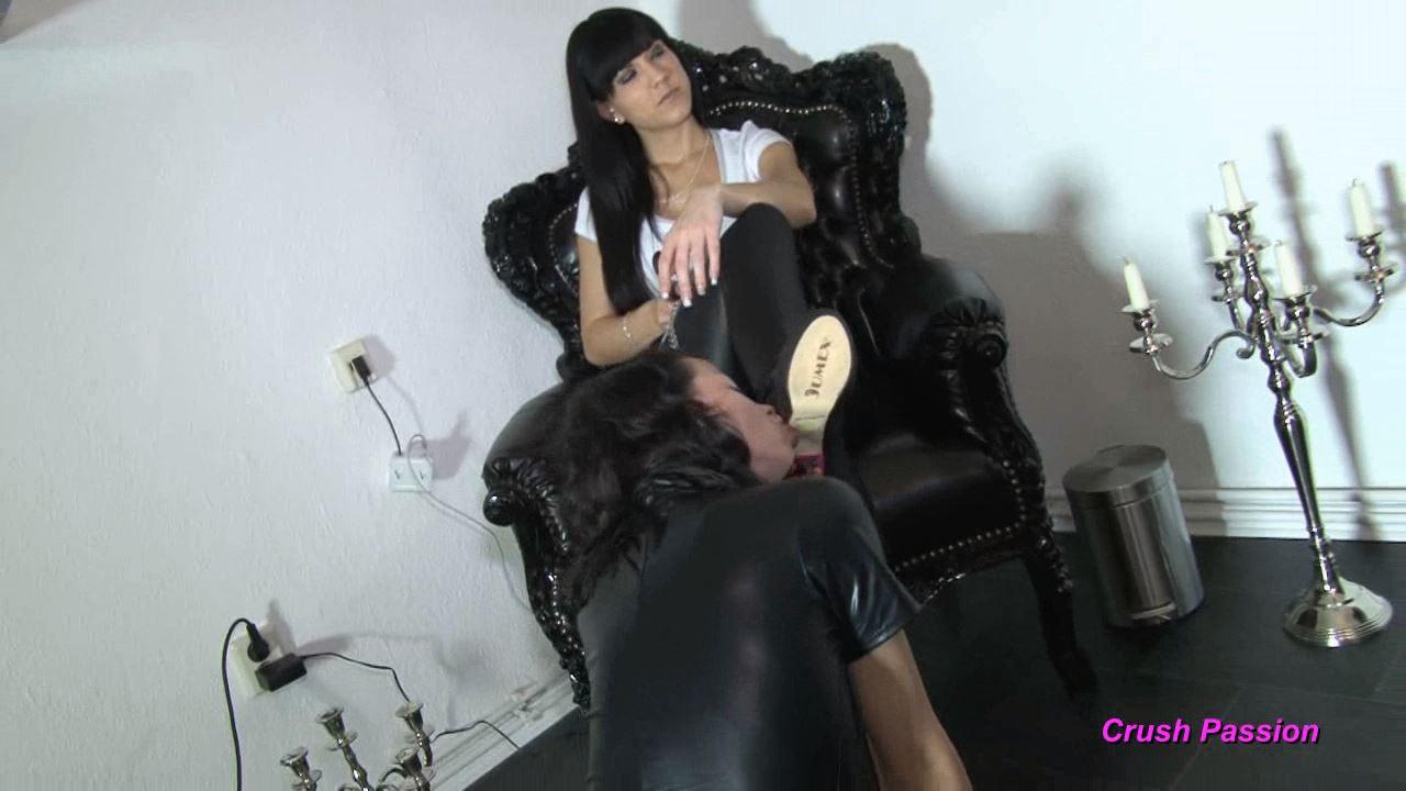 Mistress Chanel In Scene: Slave Bitch - CLIPS4SALE / CRUSH PASSION - HD/720p/MP4