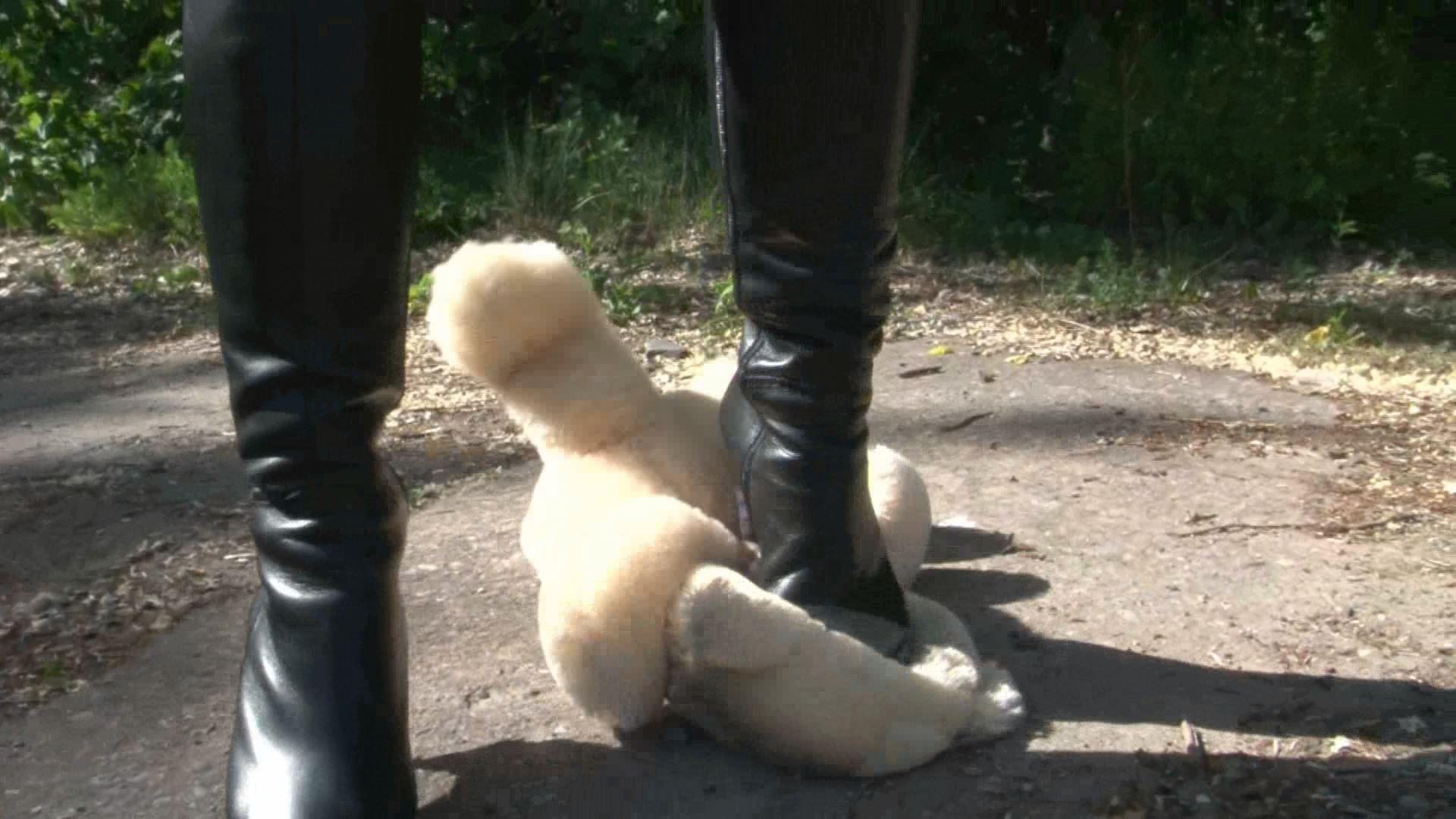 Mistress Chanel In Scene: Teddy Nose Crush - CLIPS4SALE / CRUSH PASSION - FULL HD/1080p/MP4
