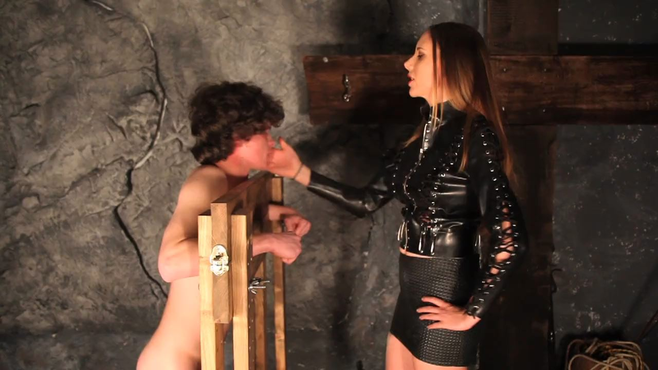 Mistress Mona In Scene: Slapped Until You Serve Her Right - DEADLYDOMMES - HD/720p/MP4