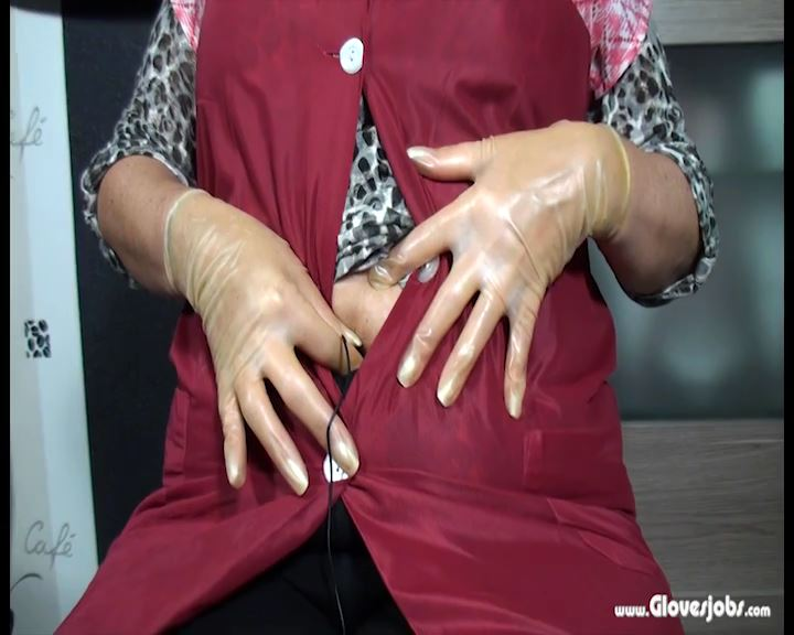 Gloved Housewife Sindy present her Stomachnoise - GLOVESJOBS - SD/576p/MP4