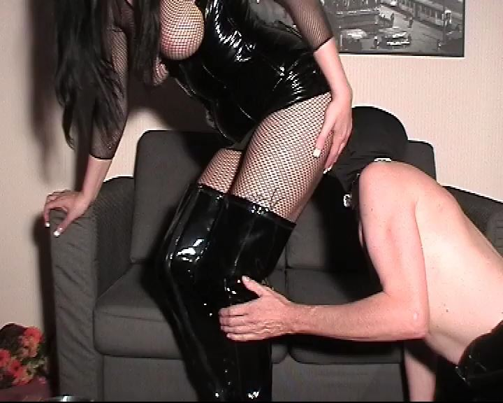 Mistress Lady Latoria In Scene: Ass licking with gnaws - CLIPS4SALE / LADY LATORIAS WORLD / HERRIN-LATORIA - SD/576p/MP4