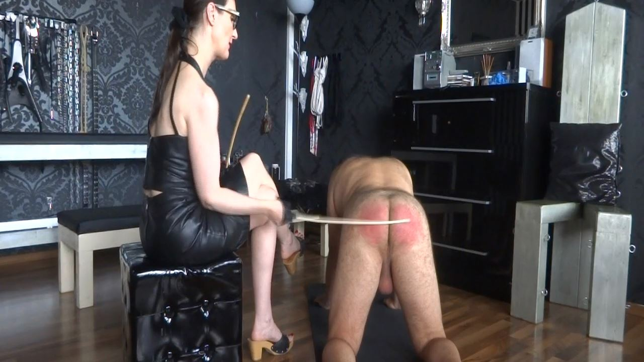 Lady Victoria Valente In Scene: Caning my new slave - Part 2 Caningstart - CLIPS4SALE / LADYVICTORIAVALENTE - HD/720p/MP4