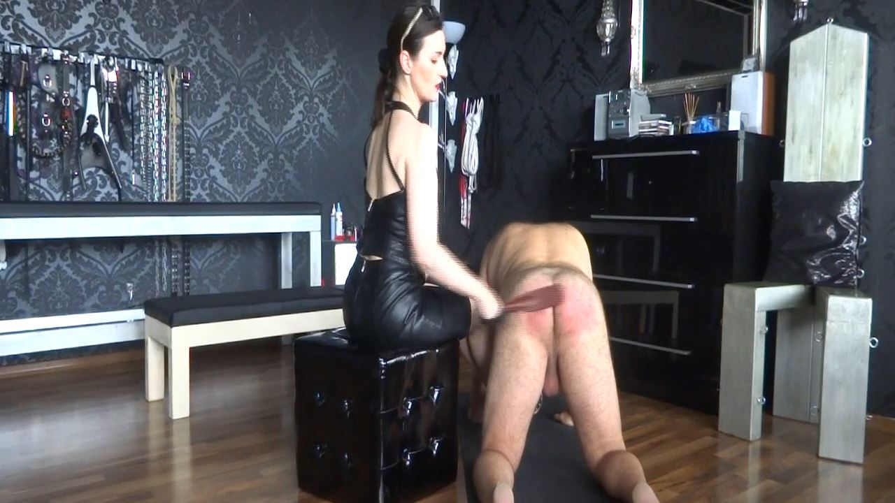 Lady Victoria Valente In Scene: Caning my new slave - Part 1 Spanking - CLIPS4SALE / LADYVICTORIAVALENTE - HD/720p/MP4