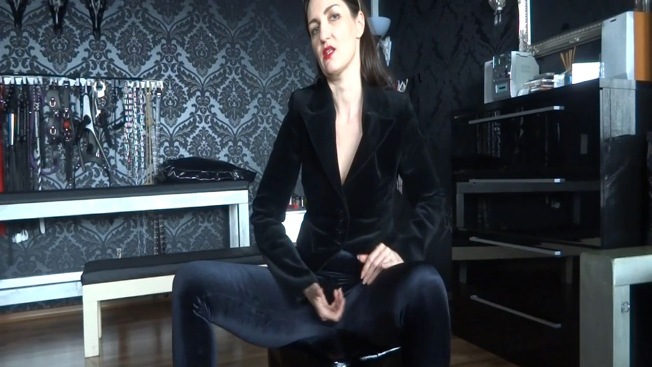 Lady Victoria Valente In Scene: JOI: Velvet Mistress fetish clip - CLIPS4SALE / LADYVICTORIAVALENTE - HD/720p/MP4