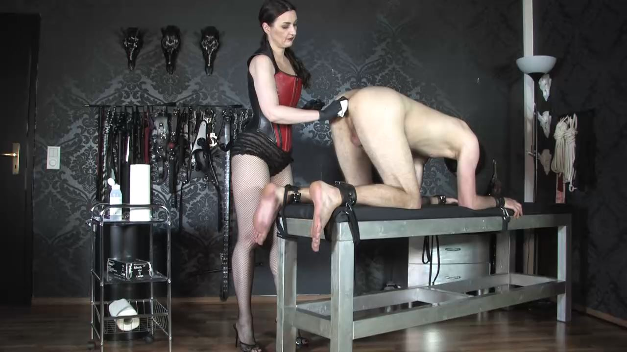 Lady Victoria Valente In Scene: The anal slave Part 2 - CLIPS4SALE / LADYVICTORIAVALENTE - HD/720p/MP4