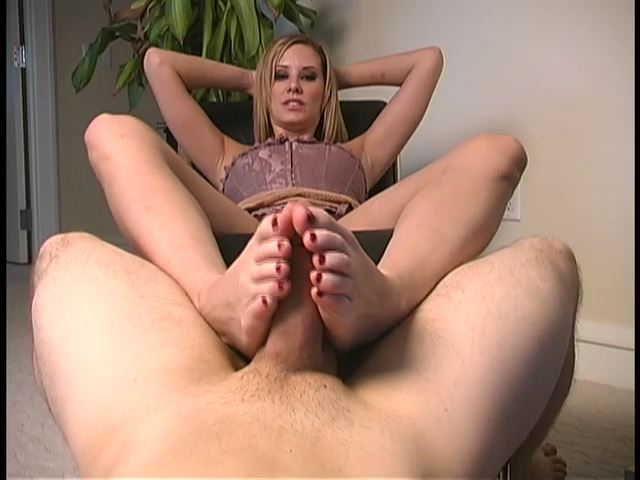 Mistress Madeline In Scene: Foot Job - MADELINEISWICKED - SD/480p/MP4