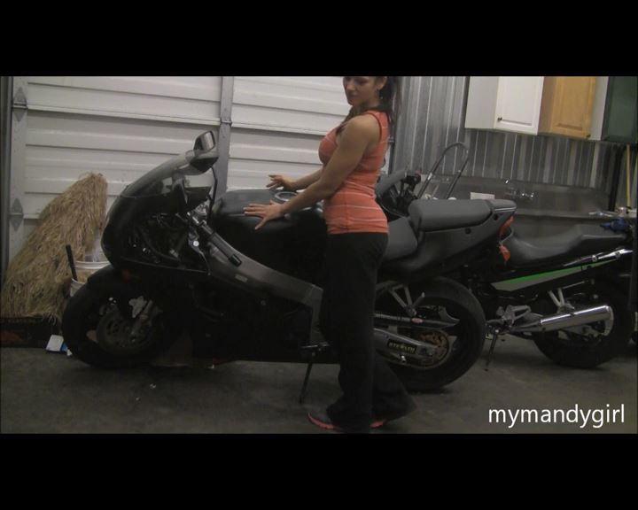 Mandy Flores In Scene: Fucks On a Ninja Motorcycle - MANDYFLORES - SD/576p/MP4