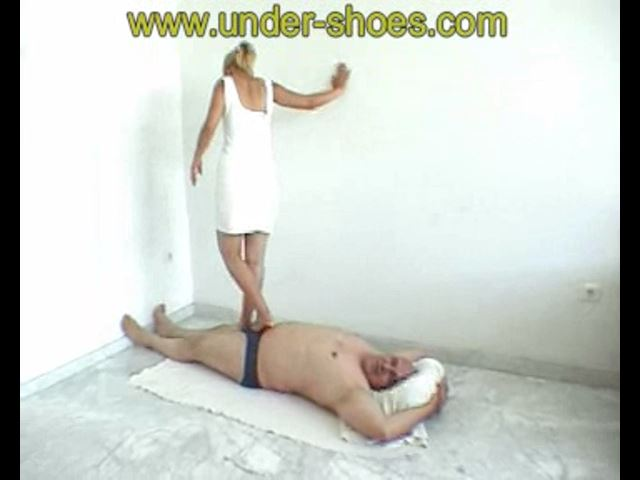 Karine Bare feet - UNDER-SHOES - SD/480p/MP4