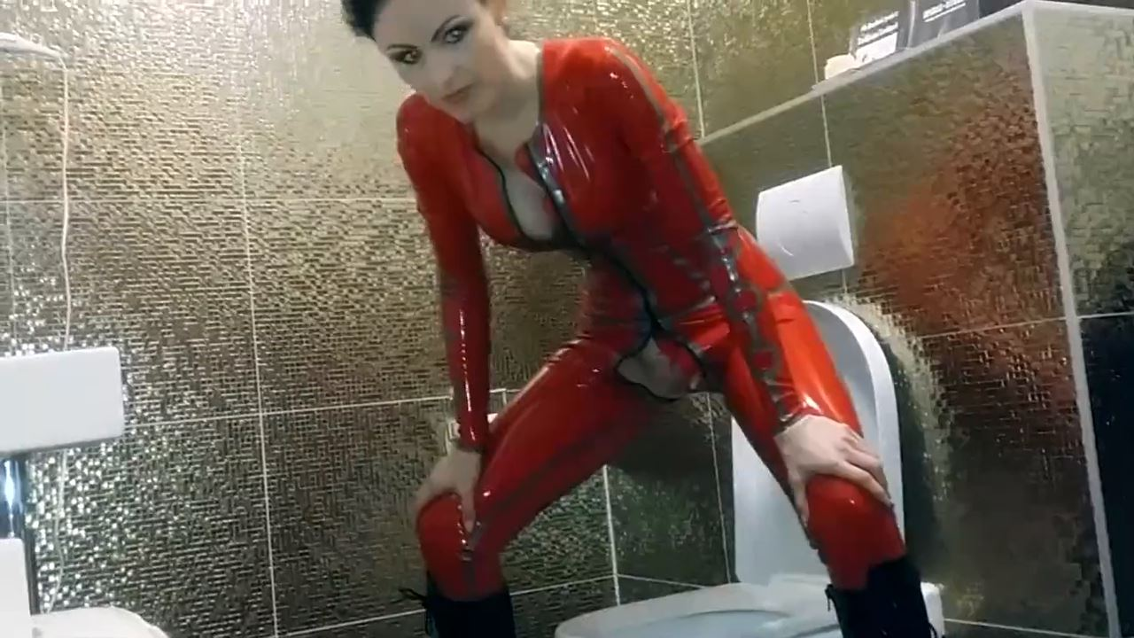 Mistress Blackdiamoond In Scene: Lady in latex on pissing - CLIPS4SALE / MISTRESS BLACKDIAMOOND - HD/720p/MP4