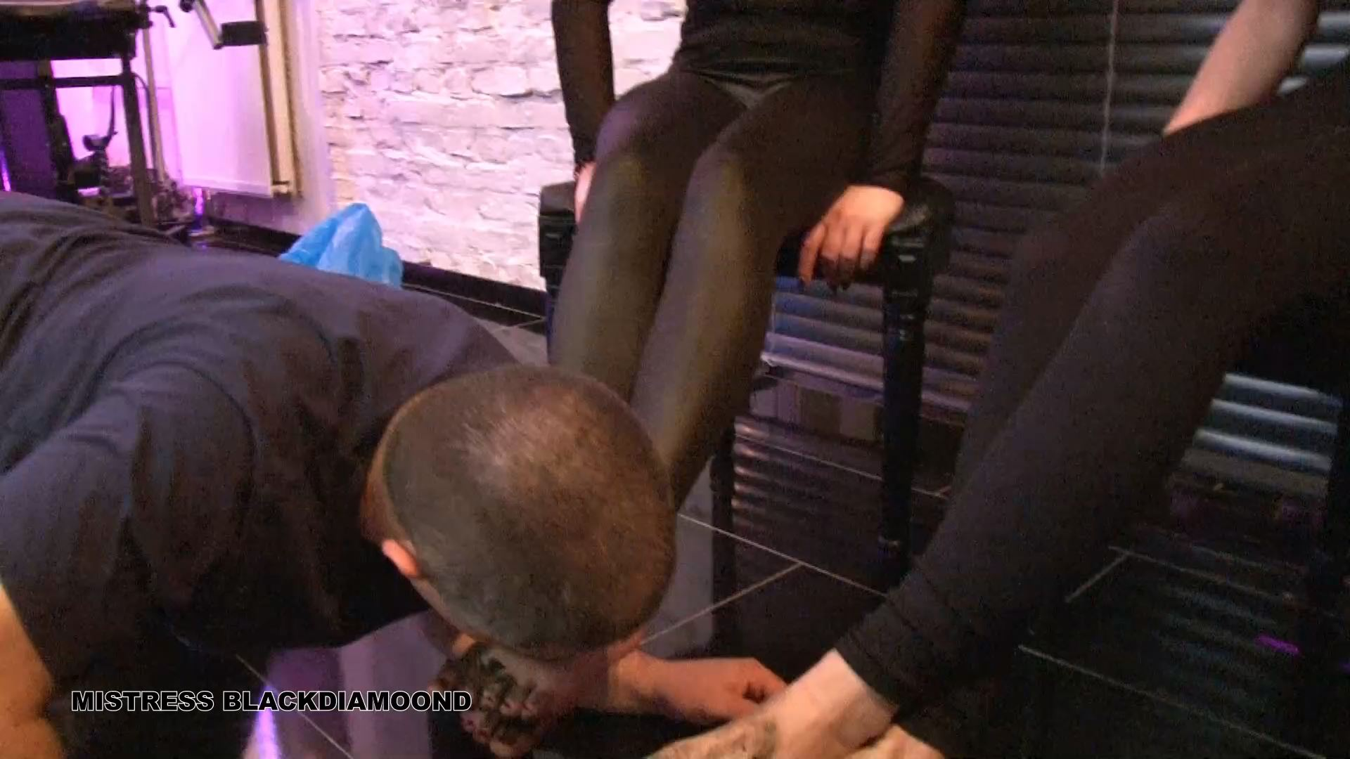 Mistress Blackdiamoond In Scene: Dirty feet - CLIPS4SALE / MISTRESS BLACKDIAMOOND - FULL HD/1080p/MP4