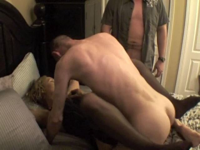 Wife Gets Fucked - HETEROHANDJOBS - SD/480p/MP4