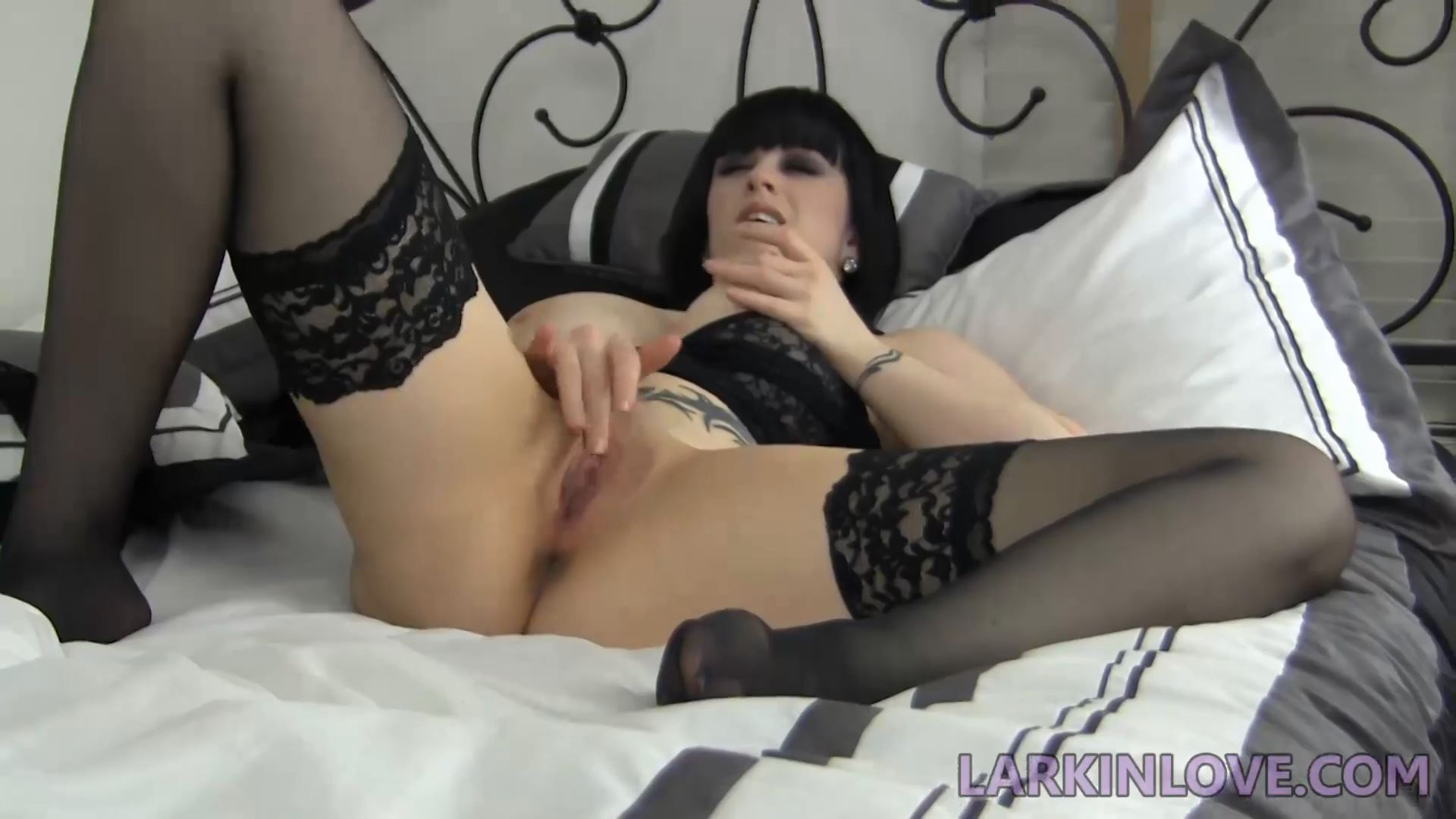 Larkin Love In Scene: Gummi Vore Masturbation - LARKINLOVE / CLIPS4SALE / QUEEN BITCH LARKIN - FULL HD/1080p/MP4