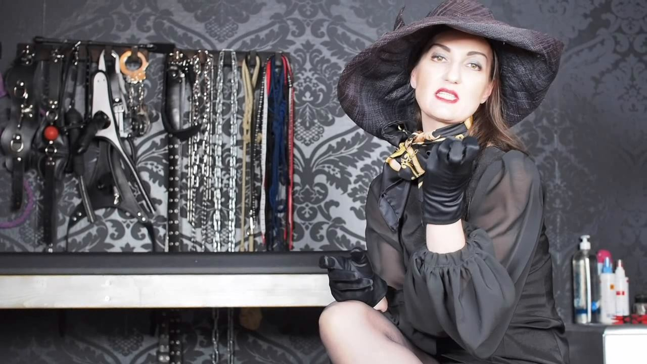 Lady Victoria Valente In Scene: 7 days masturbation instructions for YOU - CLIPS4SALE / LADYVICTORIAVALENTE / REAL GERMAN MISTRESS - HD/720p/MP4
