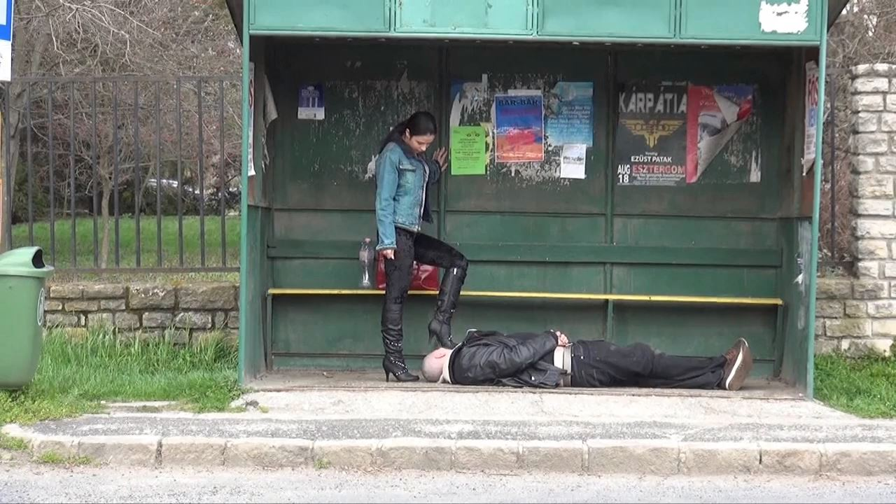 Mistress Mira In Scene: HUMILIATION PRINCESS - PUBLIC FEMDOM IN THE BUS STATION: THE POWER OF MY BOOTS - MAGYARMISTRESSMIRA - HD/720p/MP4