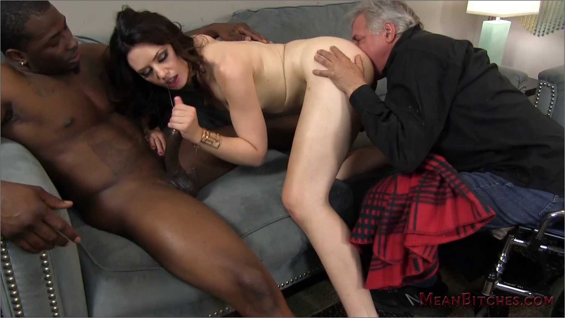 Sarah Shevon In Scene: MEANBITCHES - Sarah Shevon - Cuckold - MEANWORLD - FULL HD/1080p/MP4