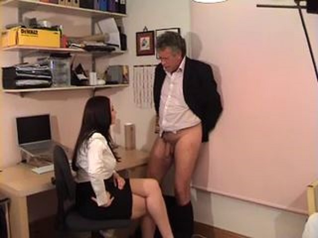 Jessica Wood In Scene: Lazy employee - MISSJESSICAWOODVIDEOS - LQ/240p/MP4