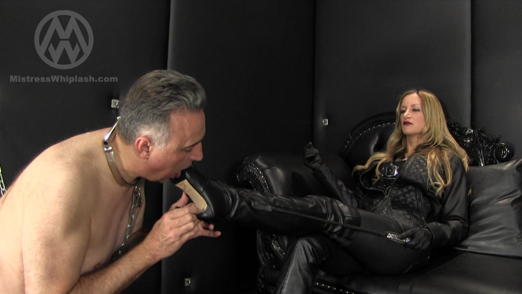 Mistress Nikki Whiplash In Scene: Chastity Leather Worship - CLIPS4SALE / MISTRESS NIKKI WHIPLASH / MISTRESS WHIPLASH - SD/576p/MP4