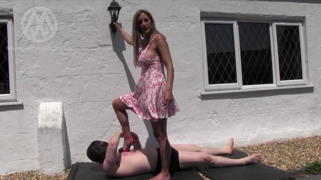 Mistress Nikki Whiplash In Scene: Merciless Outdoor Trample - CLIPS4SALE / MISTRESS NIKKI WHIPLASH / MISTRESS WHIPLASH - SD/576p/MP4