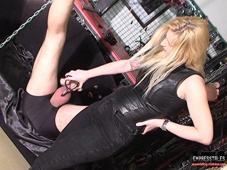 Mistress Kelly Kalashnik In Scene: SAVAGE BALLS STOMPING - RIDING-MISTRESS / DUTCH FEMDOM - SD/576p/MP4