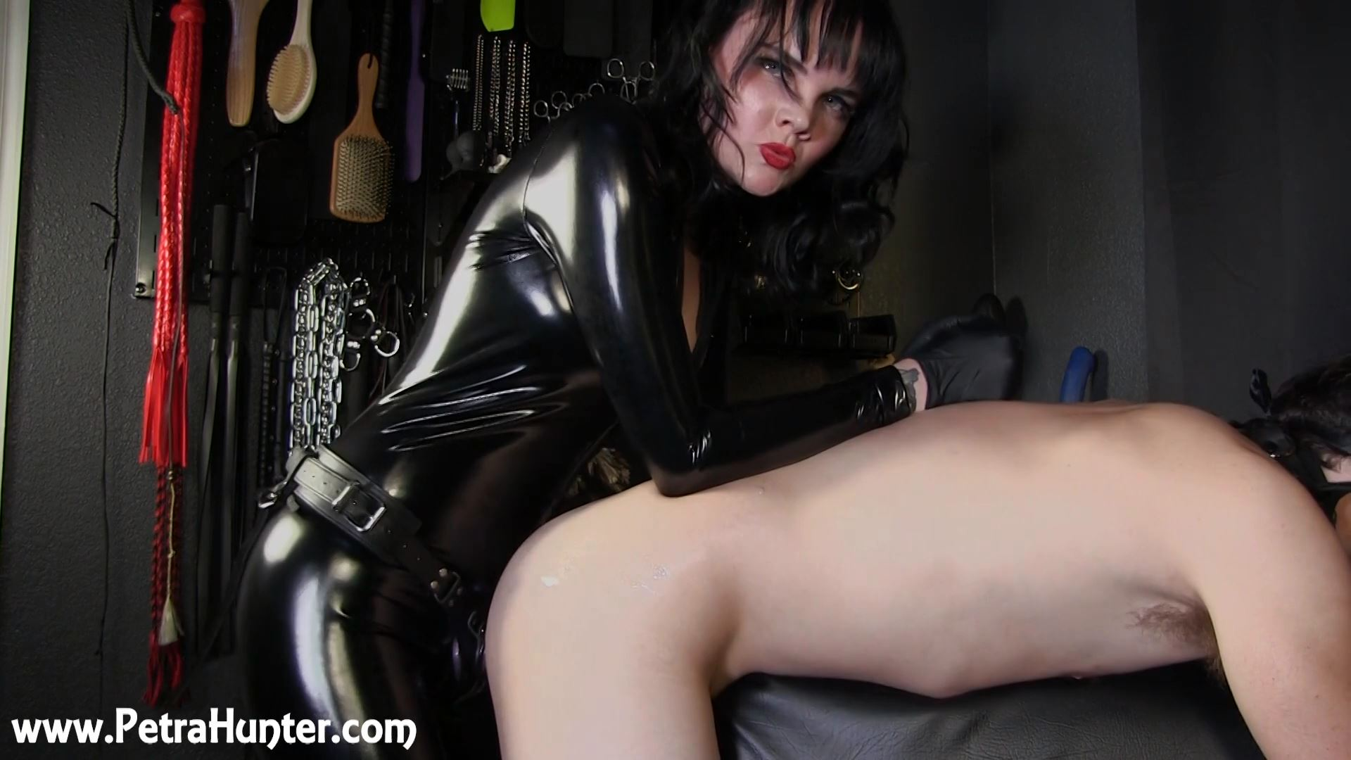 Mistress Petra Hunter In Scene: Stretched and Pegged - STREAMPETRA - FULL HD/1080p/MP4