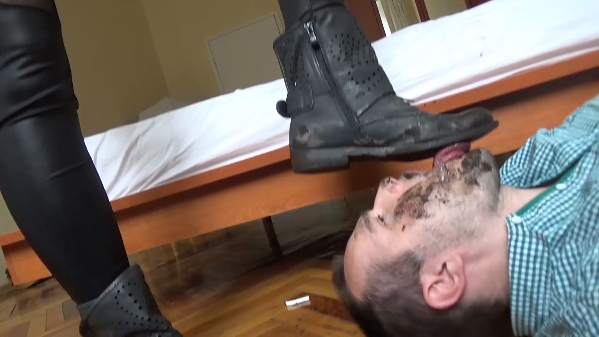 Oh Yeah, Swallow This Dirt - UNDER SWEET WEIGHT / CLIPS4SALE - FULL HD/1080p/MP4