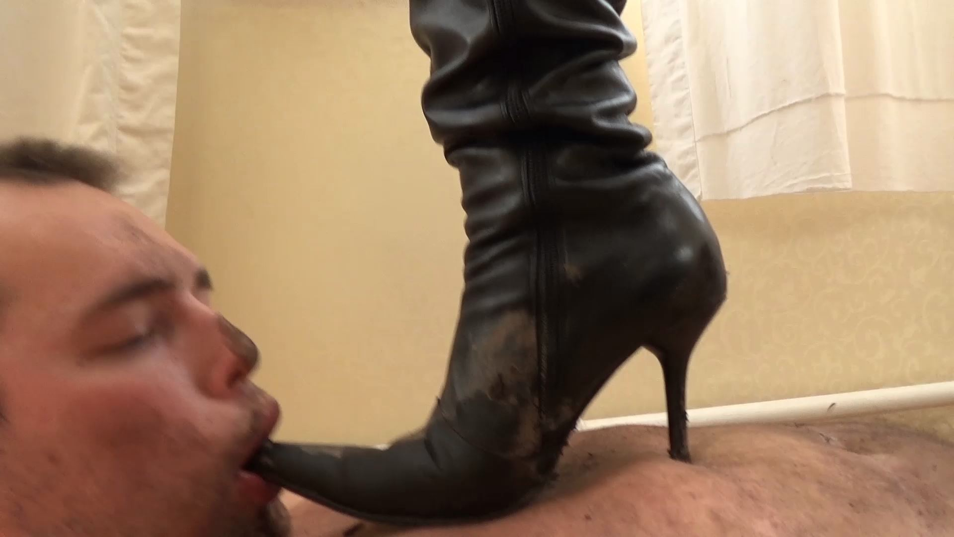 Trampled Under Two Pairs Of Dirty Boots - UNDER SWEET WEIGHT / CLIPS4SALE - FULL HD/1080p/MP4