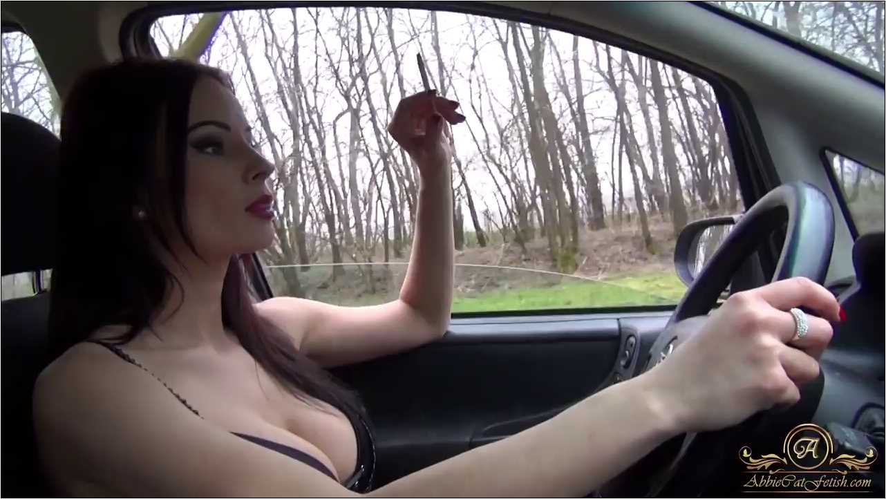 Goddess Abbie Cat In Scene: Smoking and Driving in Bra - ABBIECATFETISH - HD/720p/MP4