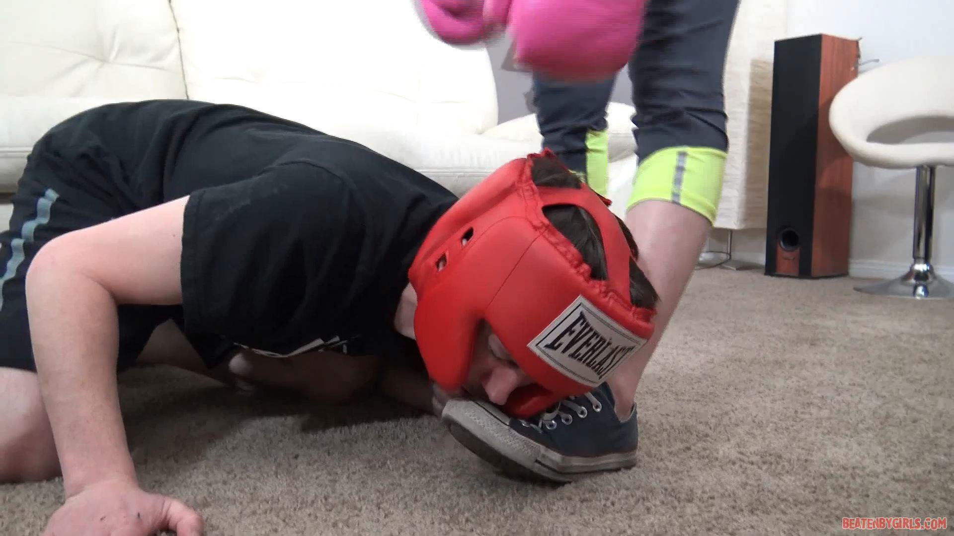 Pixie Star kicks, punches and slaps her victim - BEATENBYGIRLS - FULL HD/1080p/MP4