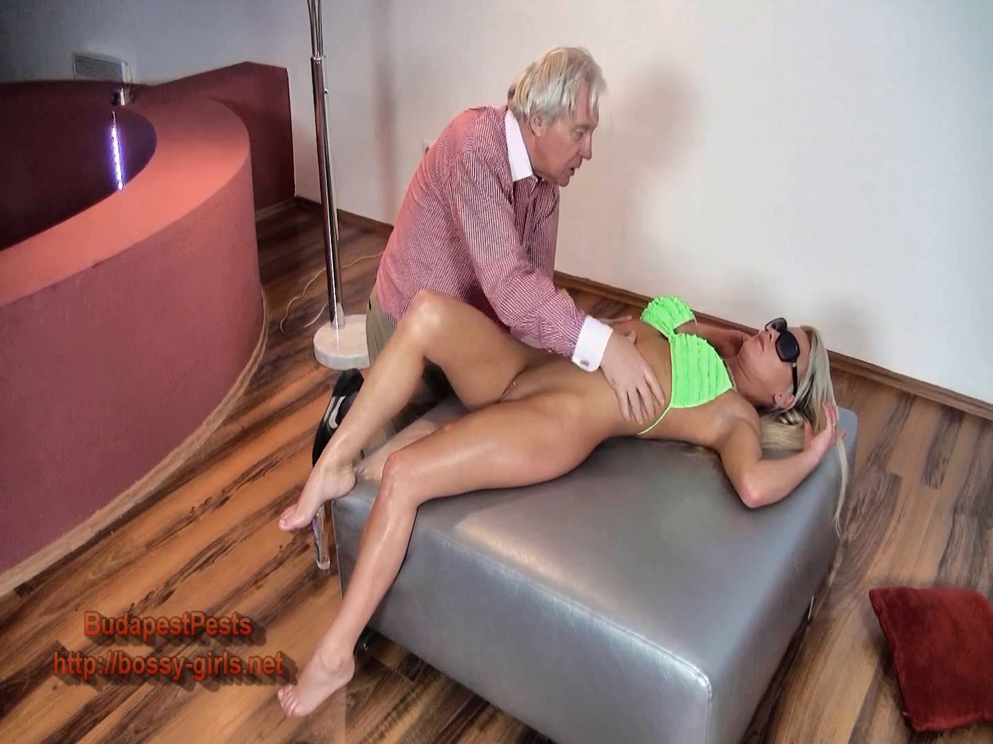 Magyar Domina In Scene: BUDAPESDT PESTS 01 Body Masseur - BOSSY-GIRLS - FULL HD/1080p/MP4